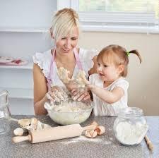 femme cuisine biscuits