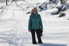 femme marche hiver