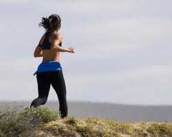 femme qui fait jogging