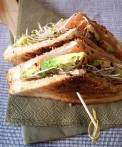 poulet club sandwich