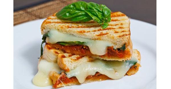 Un grill cheese réinventé et super savoureux