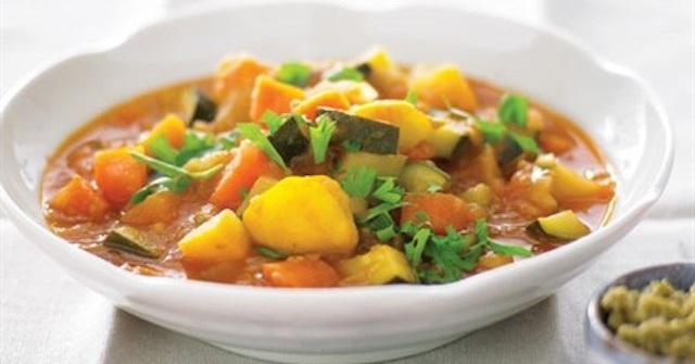 """Soupe """"full"""" légumes"""